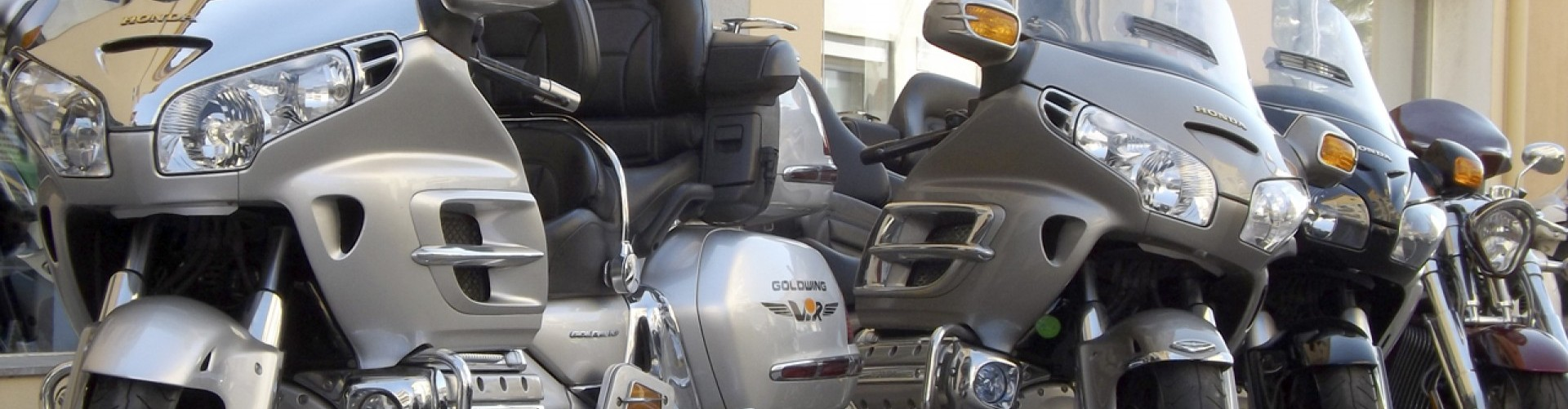 cropped-cropped-alquiler-goldwing-068-copia21.jpg